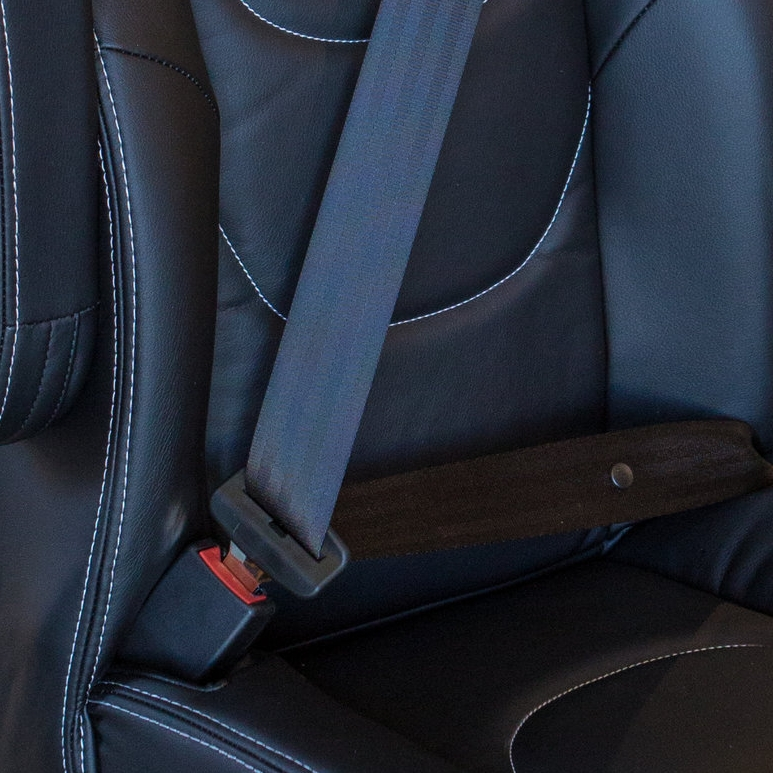 INTEGRATED SEAT BELT -