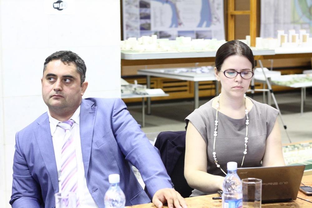 нафото— Аскар Фазлыев иОльга Сарапулова, организатор УрбанБайрама