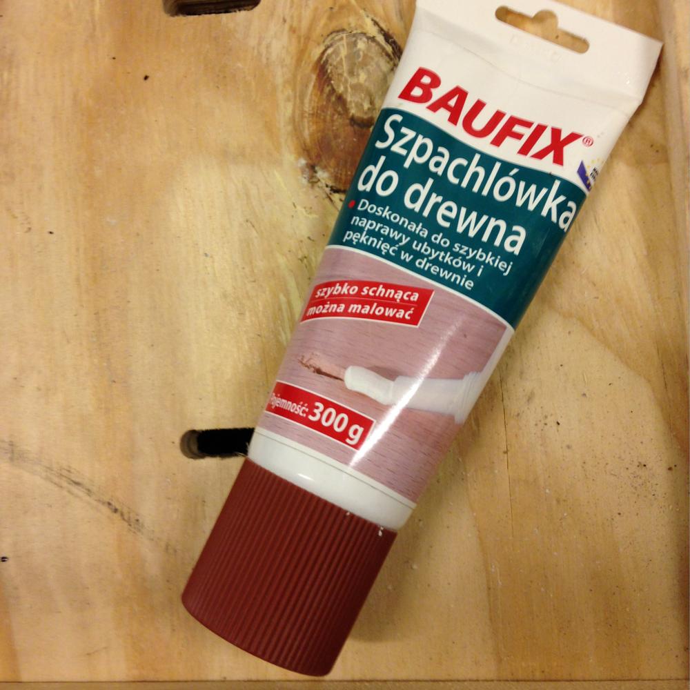 | 5 | do uzupełnienia ubytków po usuniętych elementach użyliśmy szpachlówki do drewna