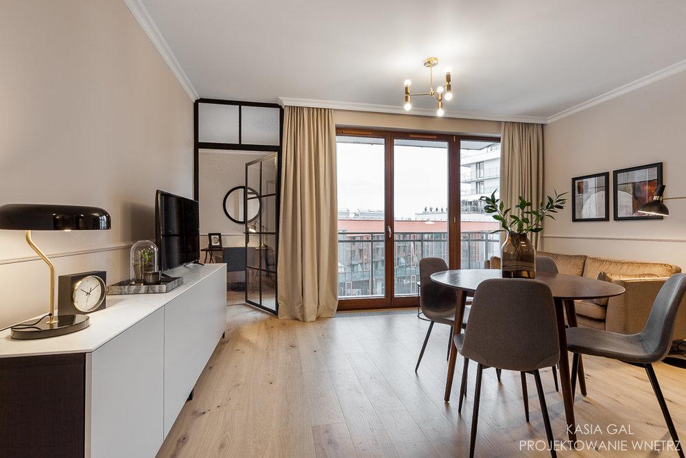 Eleganckie Mieszkanie Z Czarna Kuchnia House Loves