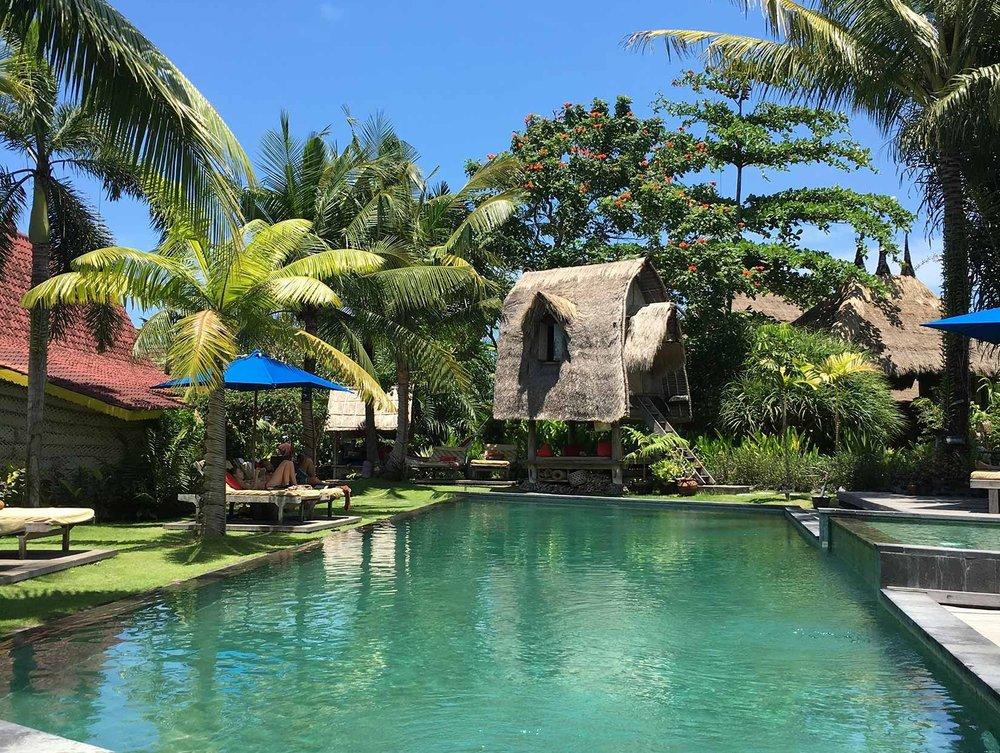 Yoga-Corner-Luxe-Retreat-Bali-2017---Desa-Seni-(Pool).jpg