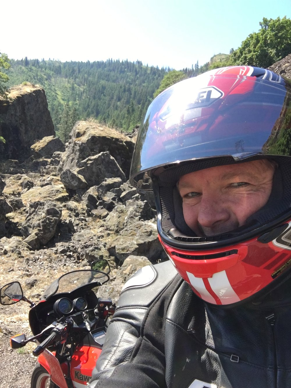 Taking a selfie break along the Columbia Gorge Highway