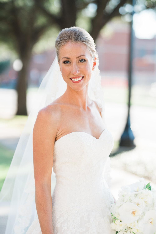 Dallas-Wedding-Makeup-Hair-erin-blair-joule-amykarp-2.jpg