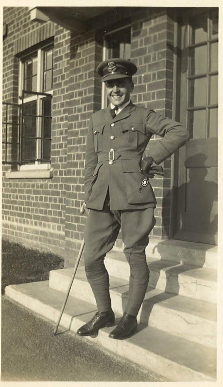 Acting Pilot Officer MN Oxford at No.3 Flight Training School, Grantham 1928
