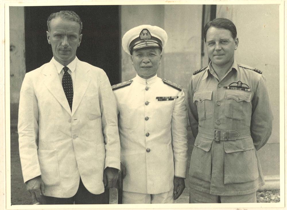 Colonial Secretary David MacDougall, Admiral Chan Chak and Wing Commander Max Oxford back in Hong Kong after the war
