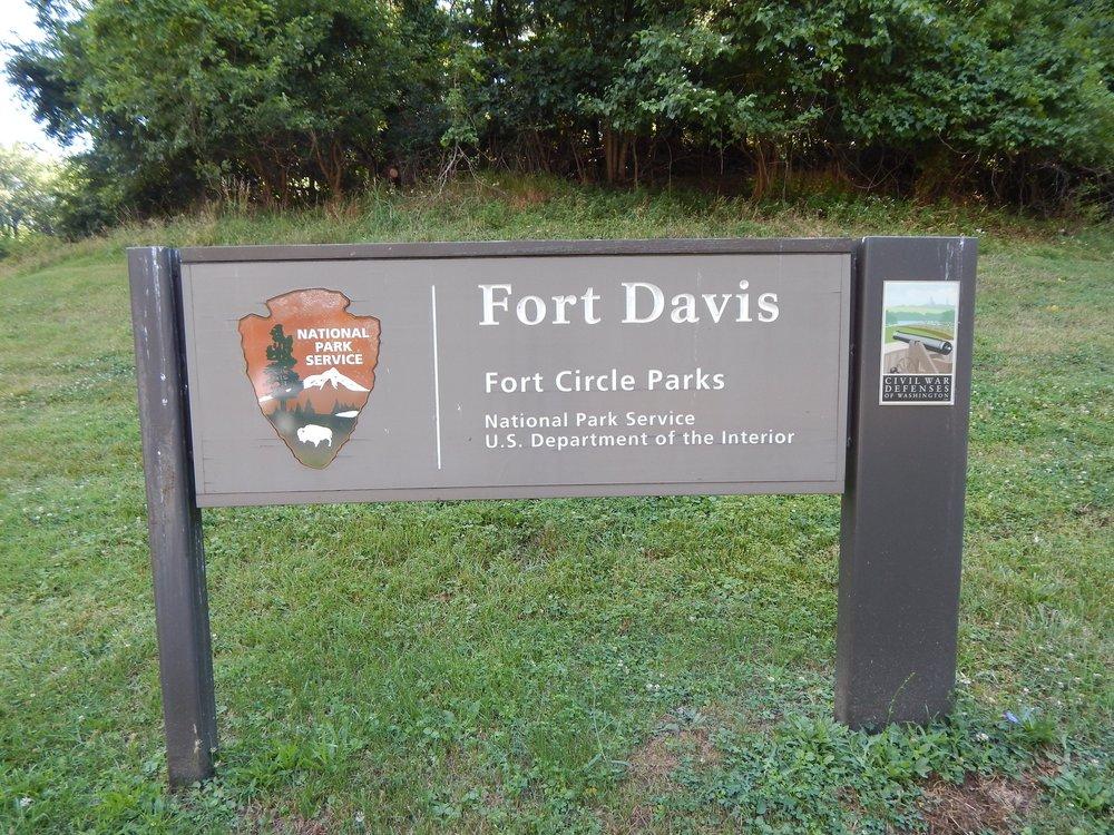 Fort-Davis.jpg