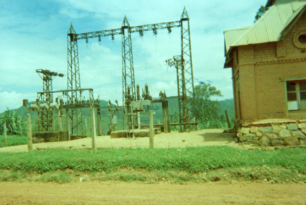 No electricity because of war. The system has to be rehabilitated.