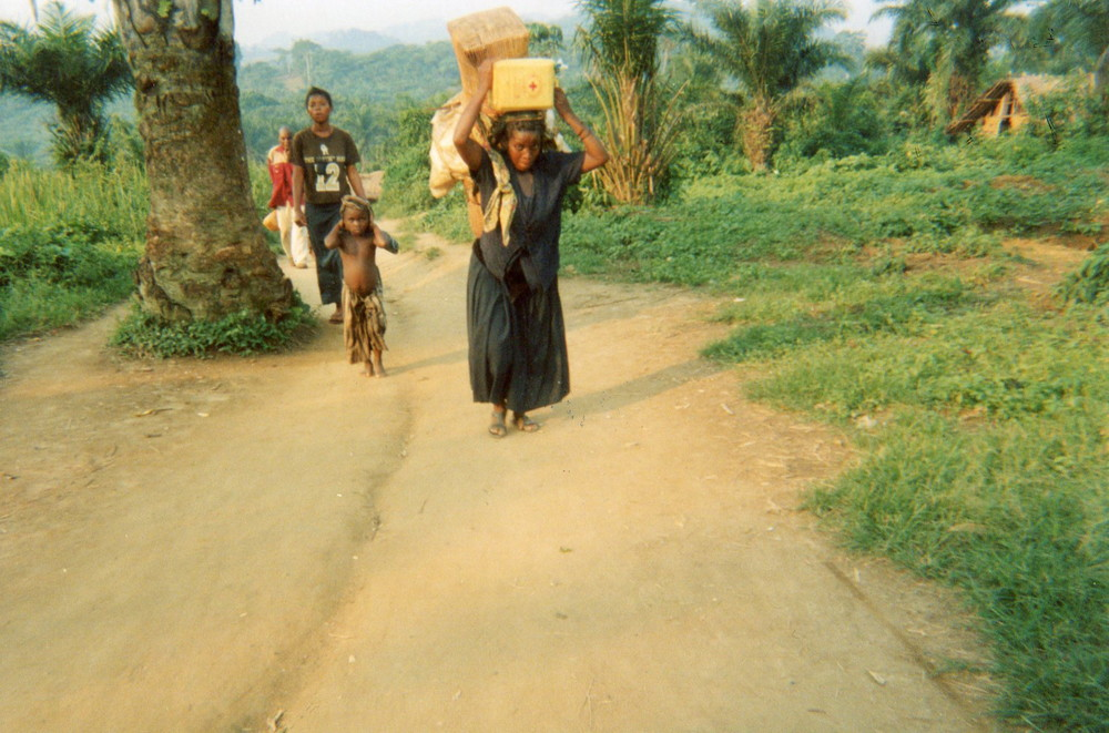 To return displaced people to the village.