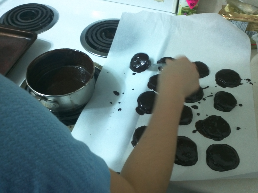 Whoa - cookie dipping!