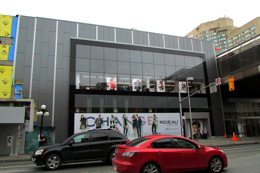 Rideau Centre slowly unveils its new skin