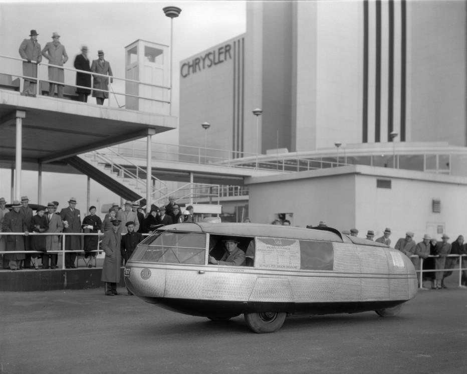Buckminster Fuller's Dymaxion car of 1933