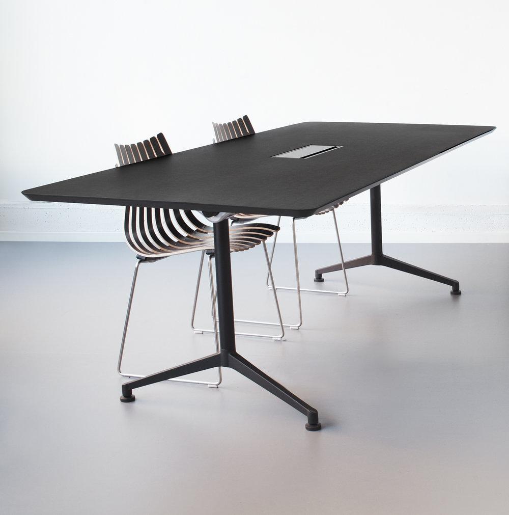 X1 Seamless Table Series
