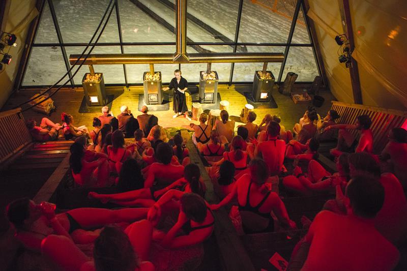 """""""Overheated sauna talks"""". Photo: Anders Selstrøm Moe"""