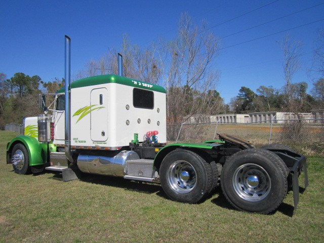 1996 Peterbilt 379 Flat Top Northend Truck Sales Inc