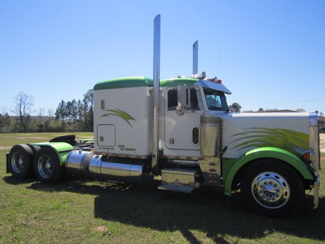 1996 Peterbilt 379 Flat Top Northend Truck Sales Inc