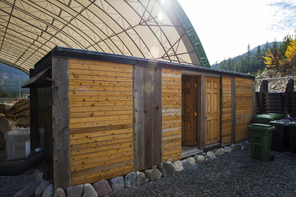 facilities_20.jpg