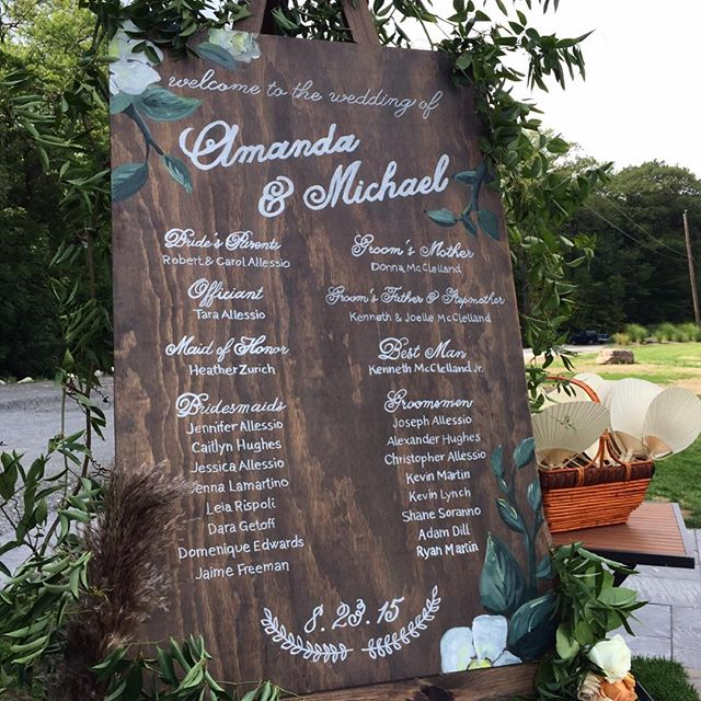 Another hand painted #sandpiperandco sign created for one of @oleanderfloral's couples! Can't wait to see @christinalilly's photos from this stunning wedding!