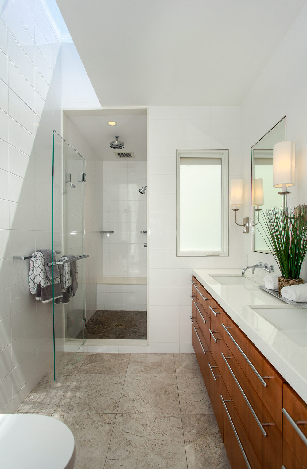 1778 Beach St San Francisco CA-print-021-16-Bathroom-2290x3500-300dpi.jpg
