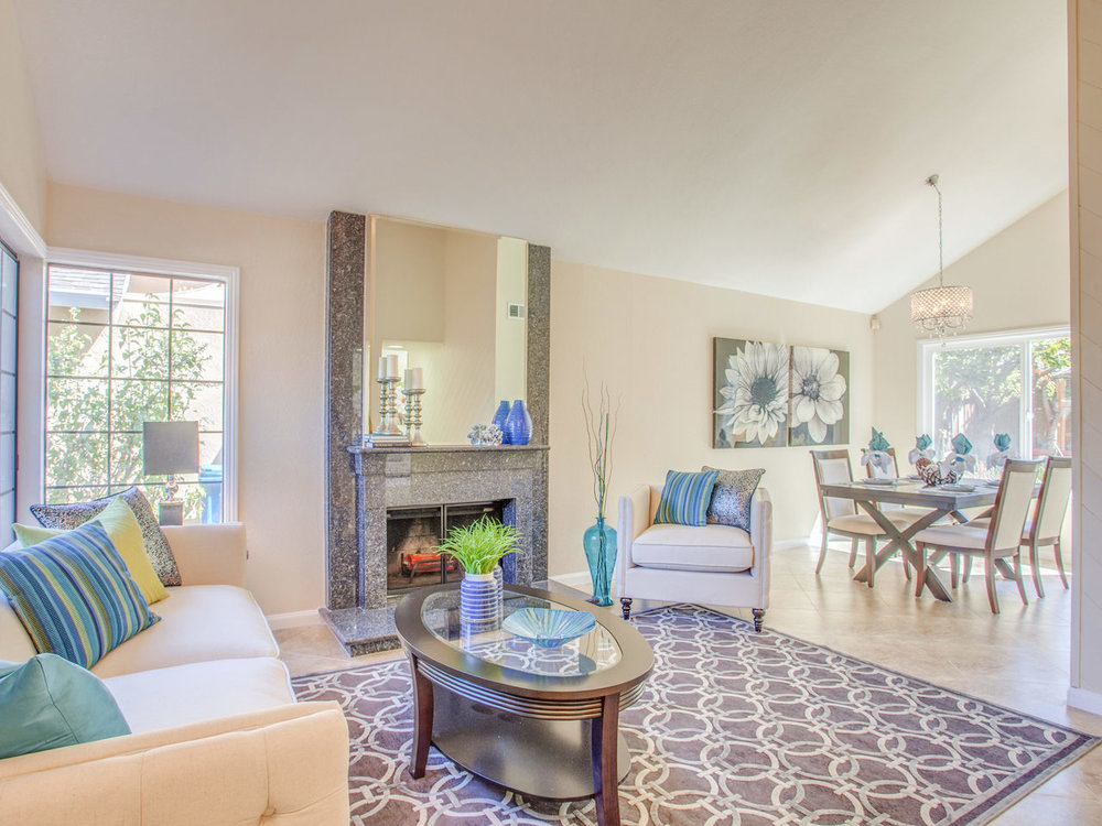 4620 Kelso St Union City CA-MLS_Size-003-12-Living Room-1280x960-72dpi.jpg