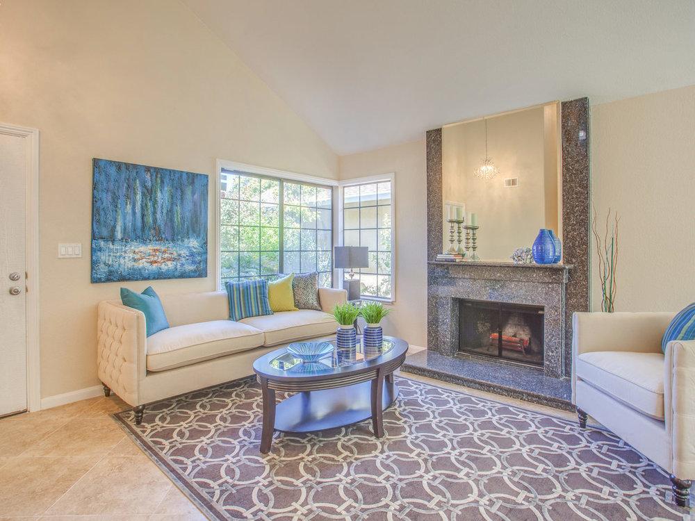 4620 Kelso St Union City CA-MLS_Size-004-13-Living Room-1280x960-72dpi.jpg