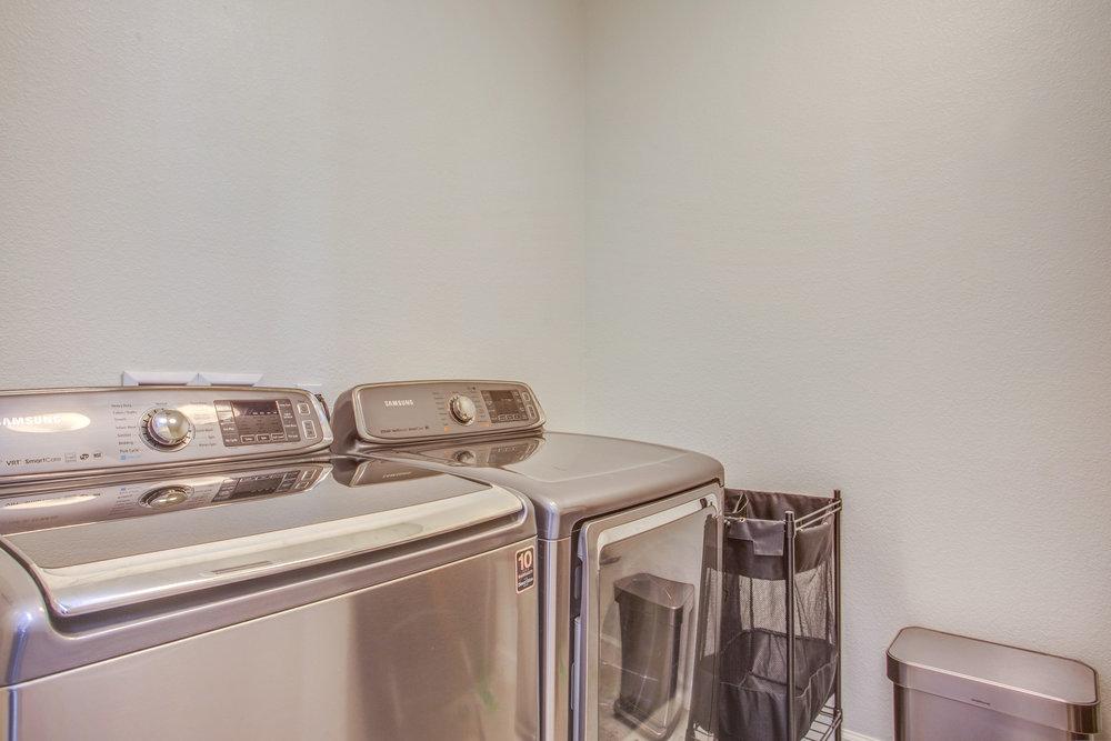 1504 Hayden St Hayward CA-print-022-11-Laundry Room-4200x2800-300dpi.jpg
