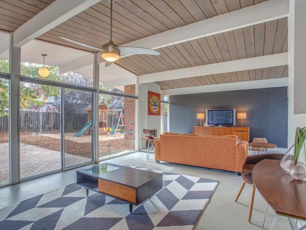 4026 Salem St Concord CA 94521-MLS_Size-008-32-Living Room-1280x960-72dpi.jpg