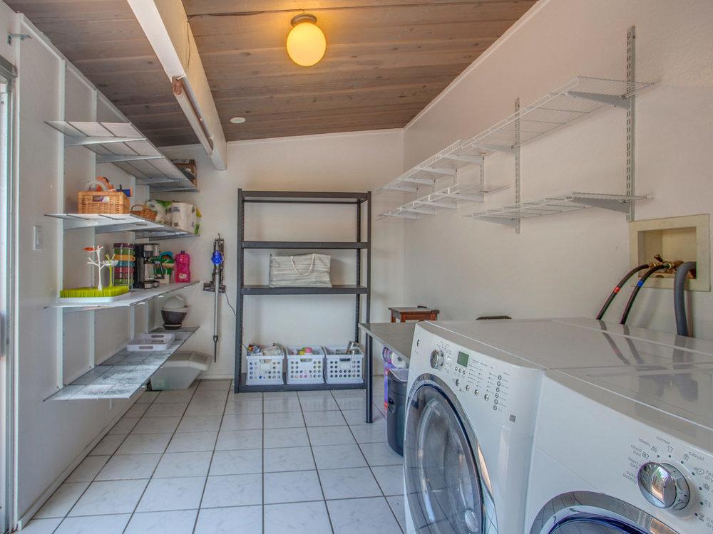 4026 Salem St Concord CA 94521-MLS_Size-017-29-Laundry Room-1280x960-72dpi.jpg