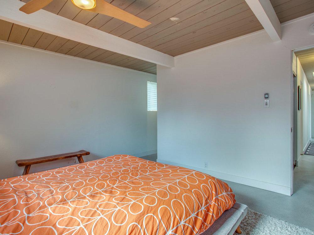 4026 Salem St Concord CA 94521-MLS_Size-019-33-Master Bedroom-1280x960-72dpi.jpg