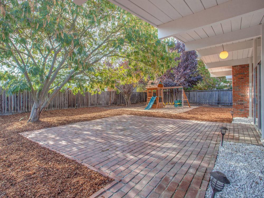 4026 Salem St Concord CA 94521-MLS_Size-027-40-Back Yard-1280x960-72dpi.jpg