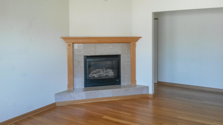 2026+San+Antonio+Ave-large-015-32-fireplace-1500x844-72dpi.jpg