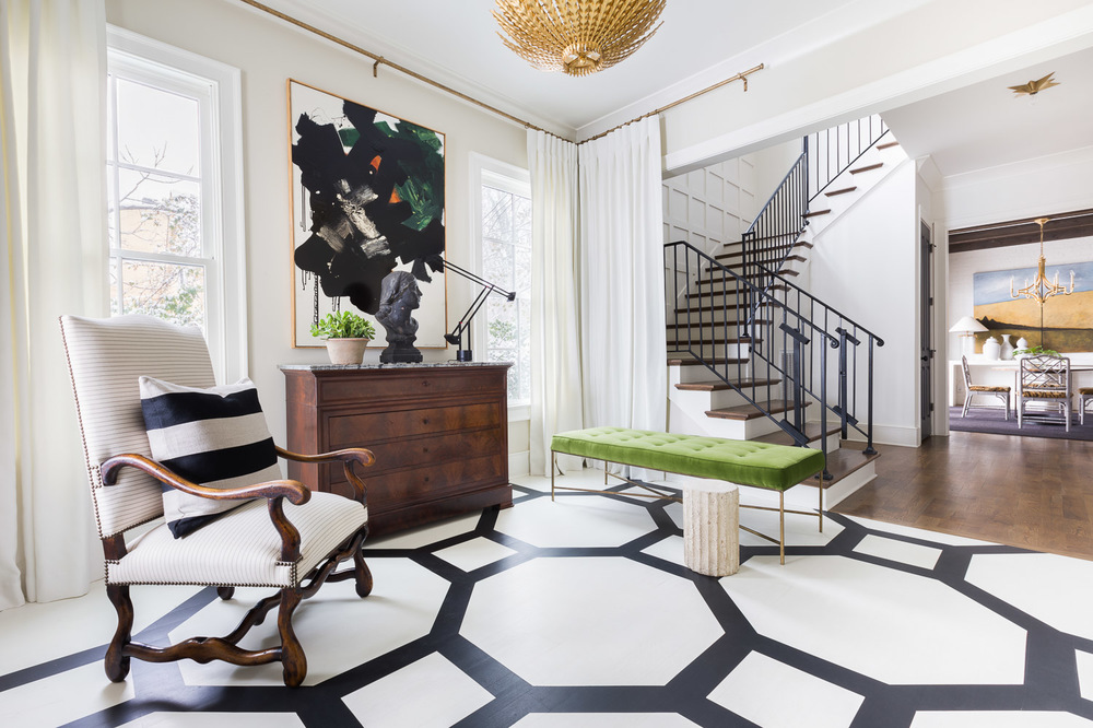 A Sophisticated Black And White Home Tour With Elle Decor