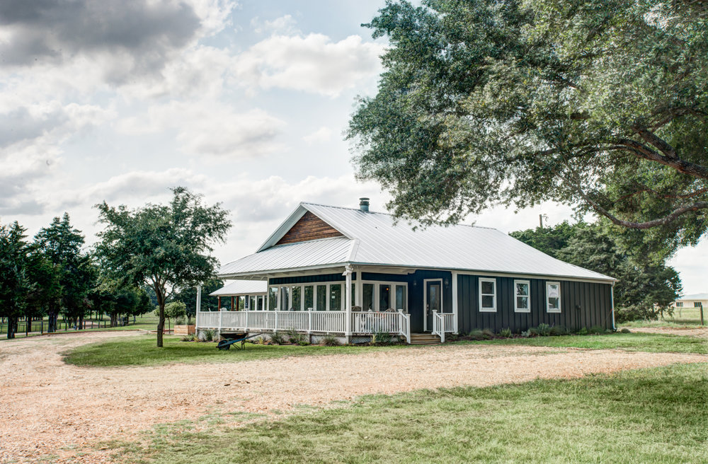 ©Haylei Smith. Alyssa Rosenheck's The New Southern Designer Spotlight with Paige Hull, The Vintage Round Top of Round Top, TX