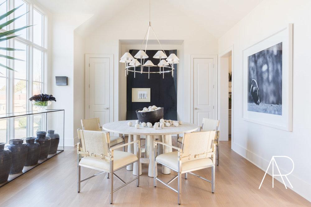 ©AlyssaRosenheck Alyssa Rosenheck's The New Southern Designer Spotlight with Sean Anderson, Interior Designer of Memphis, TN Dining room art by Sean Anderson