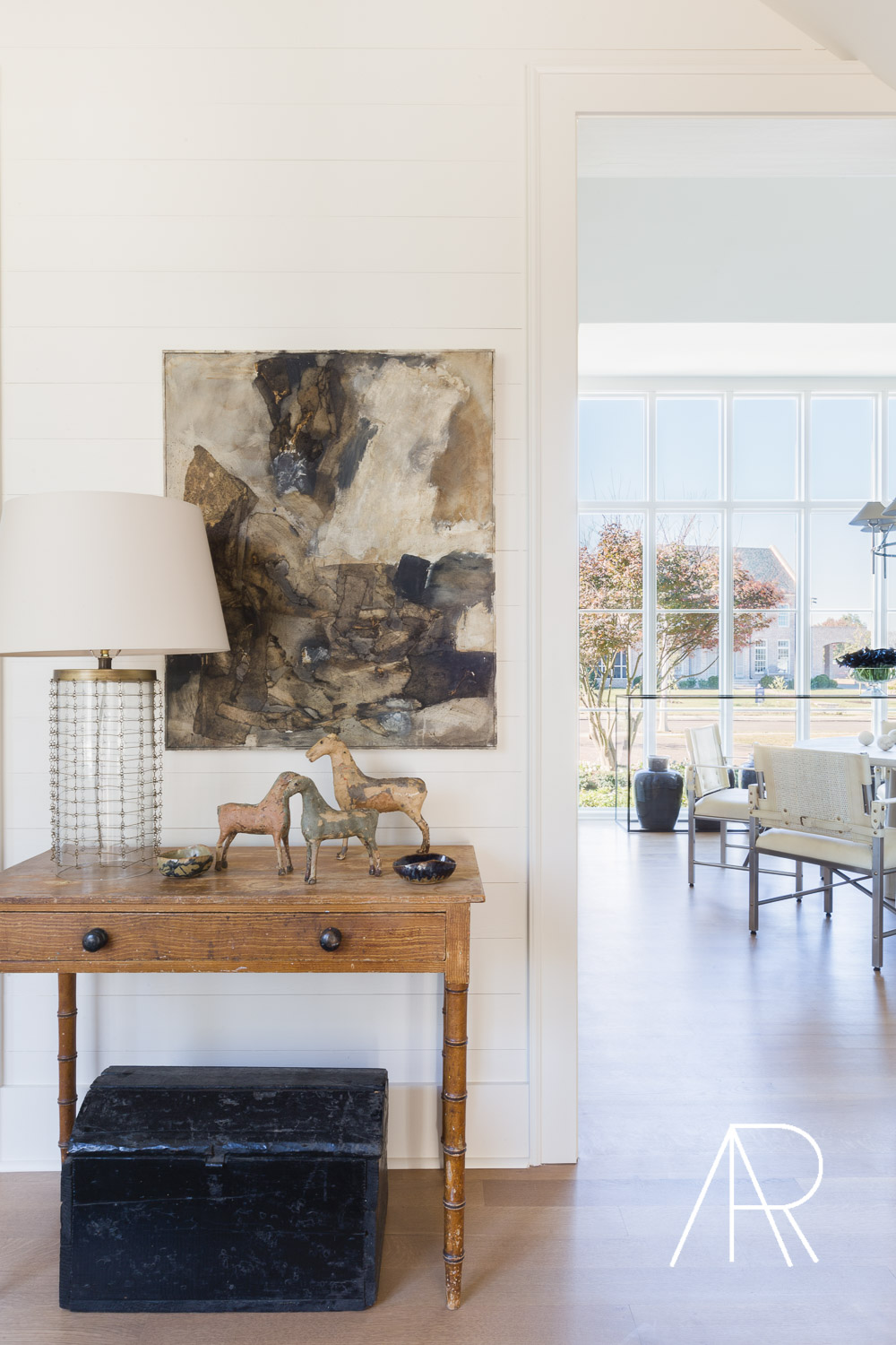 ©AlyssaRosenheck Alyssa Rosenheck's The New Southern Designer Spotlight with Sean Anderson, Interior Designer of Memphis, TN Dining room art by Sean Anderson