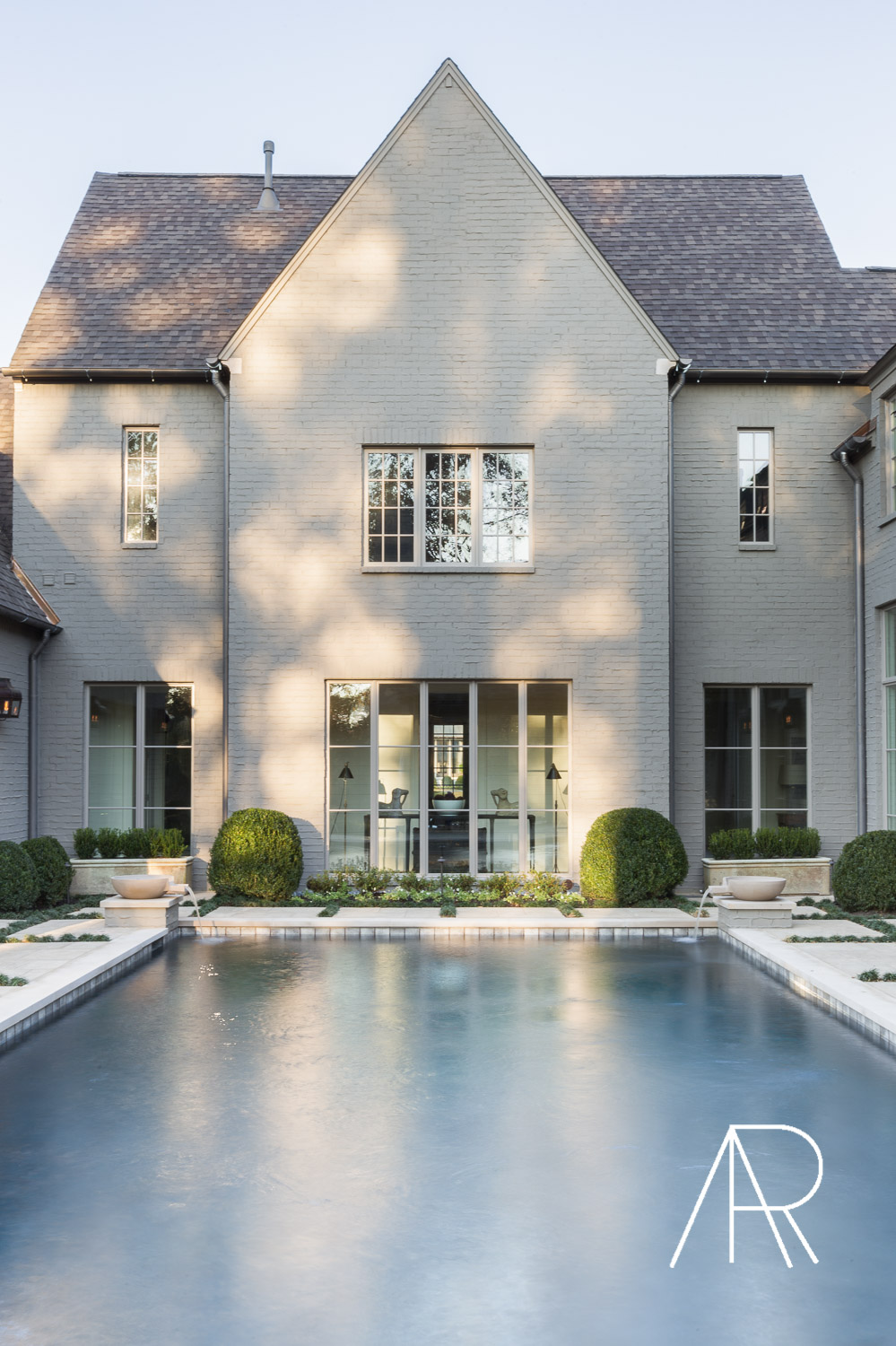 ©AlyssaRosenheck Alyssa Rosenheck's The New Southern Designer Spotlight with Sean Anderson, Interior Designer of Memphis, TN Pool Courtyard
