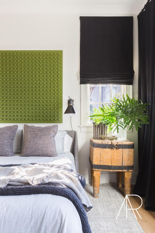 ©AlyssaRosenheck Alyssa Rosenheck's The New Southern Designer Spotlight with Sean Anderson, Interior Designer of Memphis, TN Guest Bedroom