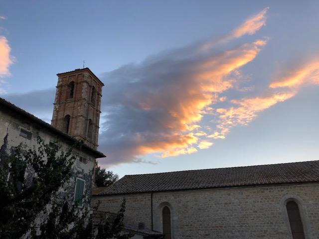Angel wing cloud over sarteano.jpg