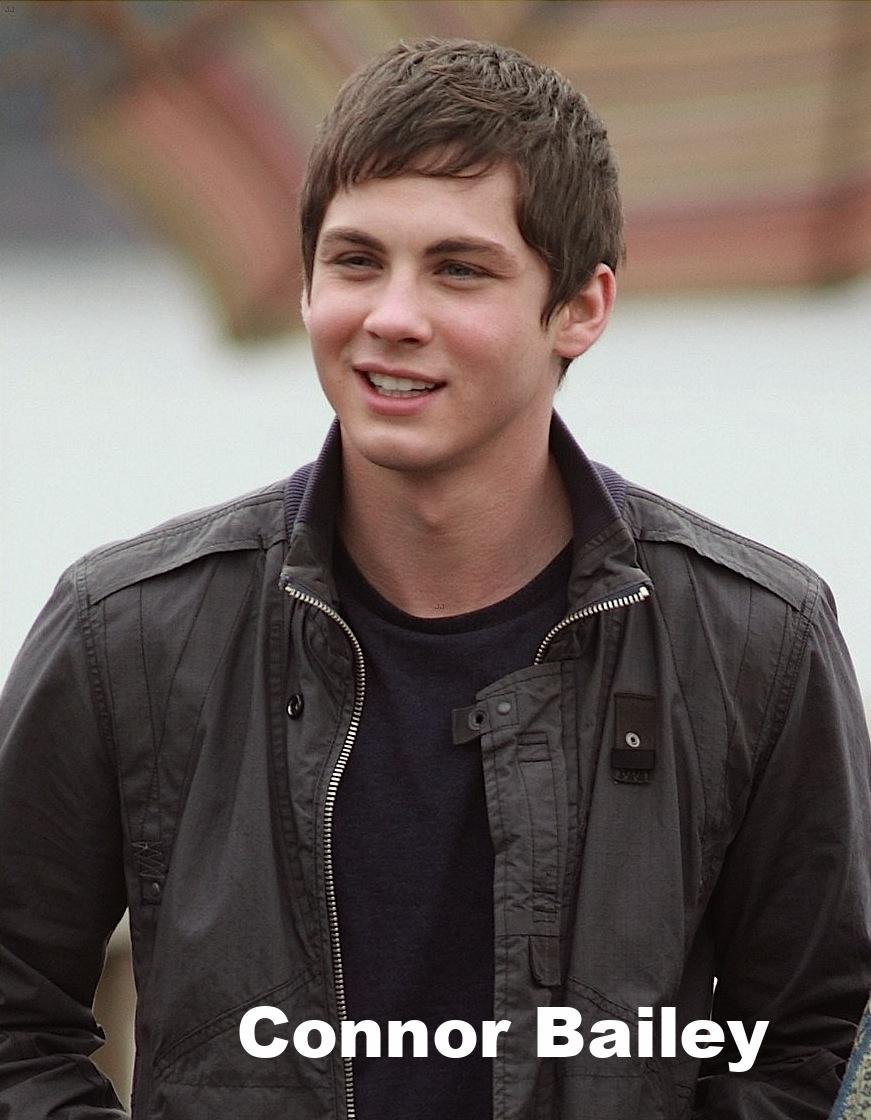 logan-lerman-1335029114.jpg