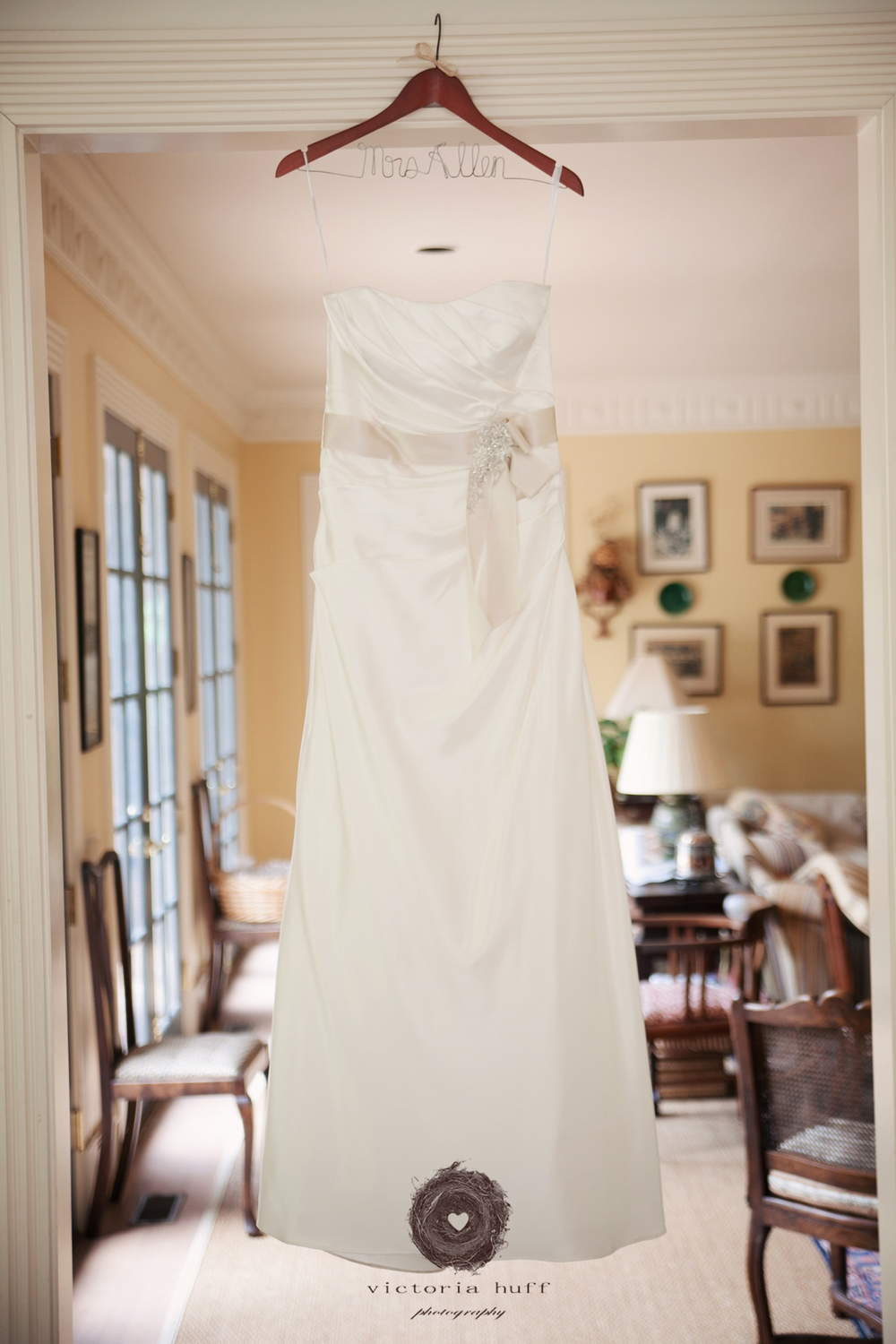 Wedding-Photography-Holly-Eisele-Clint-Allen-Athens-Georgia-Vintage-Wedding-dress-017.jpg