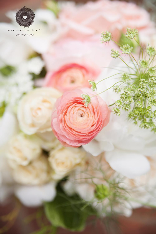 Wedding-Photography-Holly-Eisele-Clint-Allen-Athens-Georgia-Vintage-Wedding-flowers-125.jpg