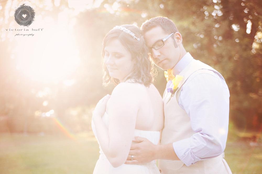 Wedding-Photography-Jennifer-Gilewski-Omar-Samra-Charlotte-North-Carolina-Vanlandingham-Estate-Wedding-hug.jpg