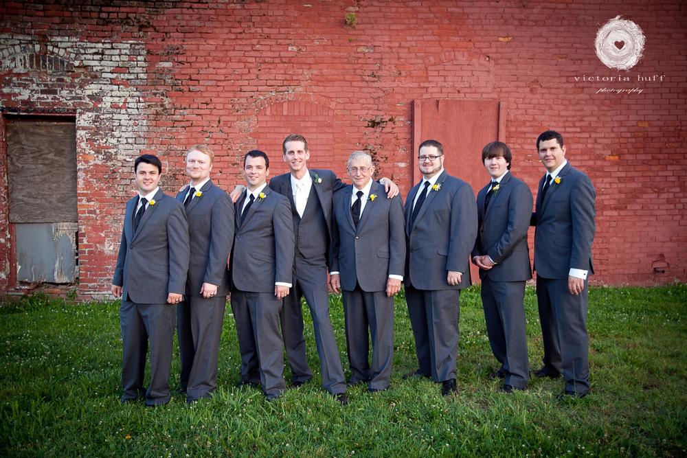 Wedding-Photography-Lindsay-Collins-Jason-Baggett-Wedding-Centennial-Park-Nashville-Tennessee-Hotel-Indigo-Vintage-740.jpg