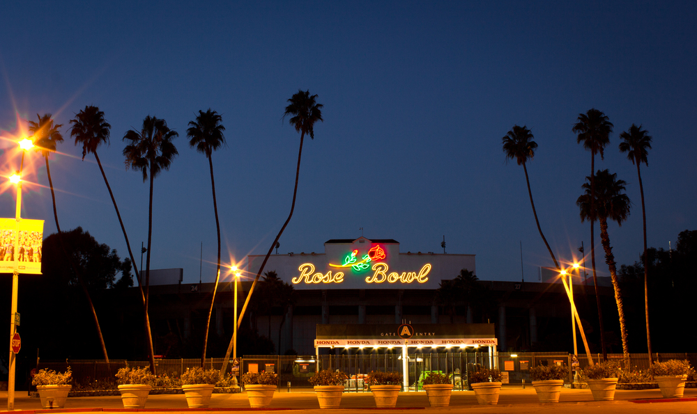 Rose Bowl Pasadena Rollie Robles.jpg