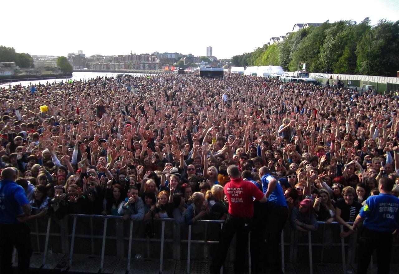 Audience, Evolution Festival. Newcastle, UK