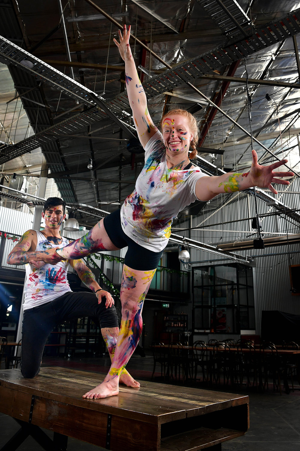 CHP_Export_170118730_Vertical Insanity Circus performers  Ryan Divett & Alex Charman  show off their.jpg