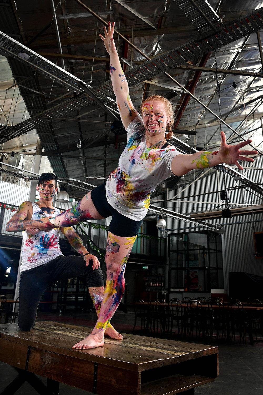 CHP_Export_170118730_Vertical Insanity Circus performers  Ryan Divett & Alex Charman  show off their.jpg