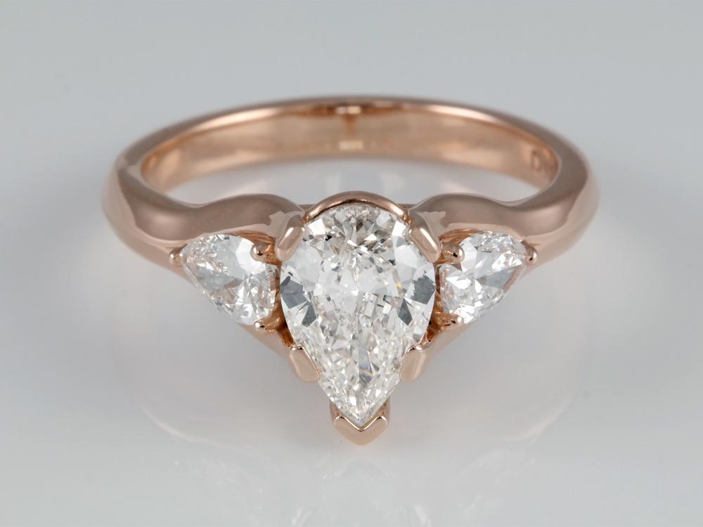 001-00589-001 - Pear Rose Gold Eng Ring.jpg