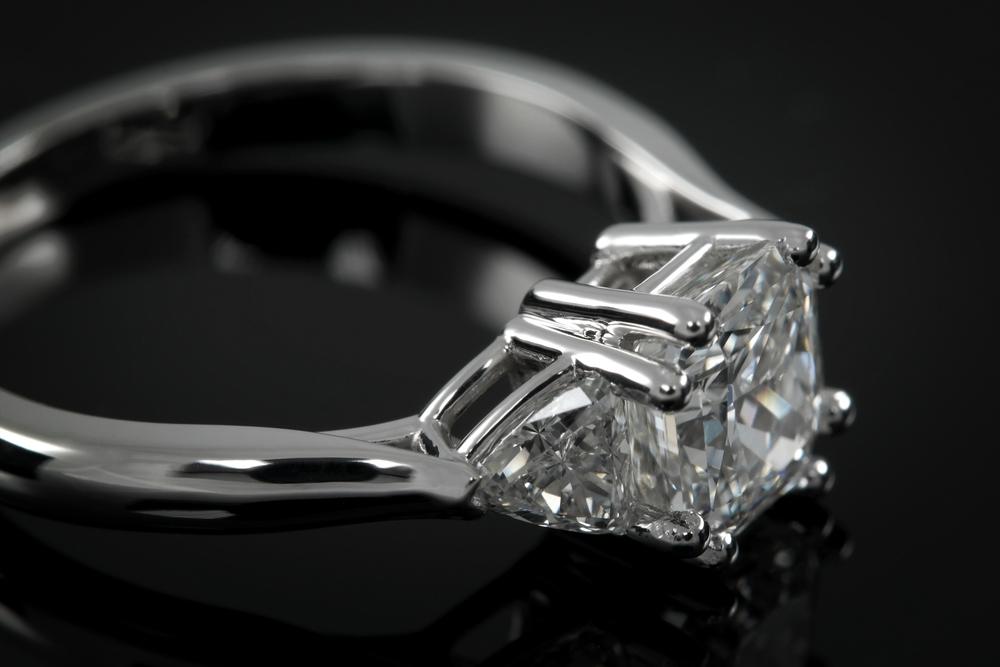 001-00949-001 - Custom Radiant Diamond Engagement Ring - Detail.jpg