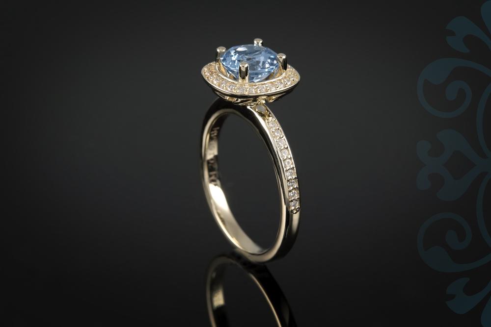 001-01005-001 - Custom Class Ring - Up.jpg