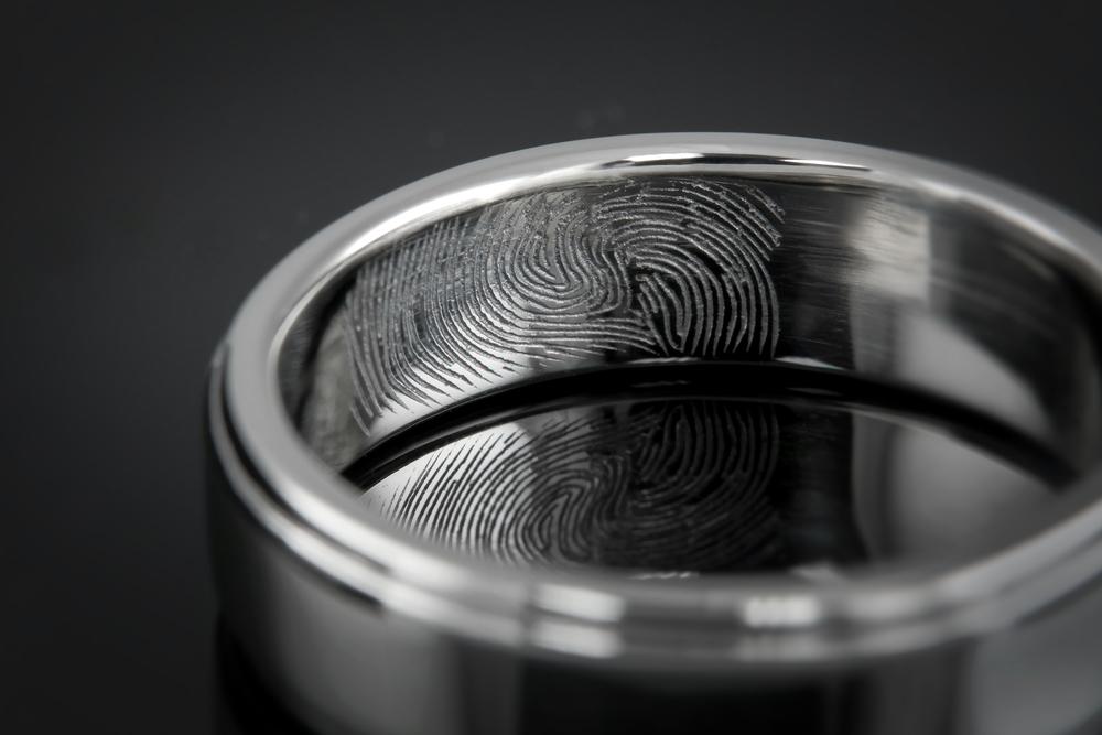 001-01167-001 - Custom Fingerprint Band - Detail.jpg